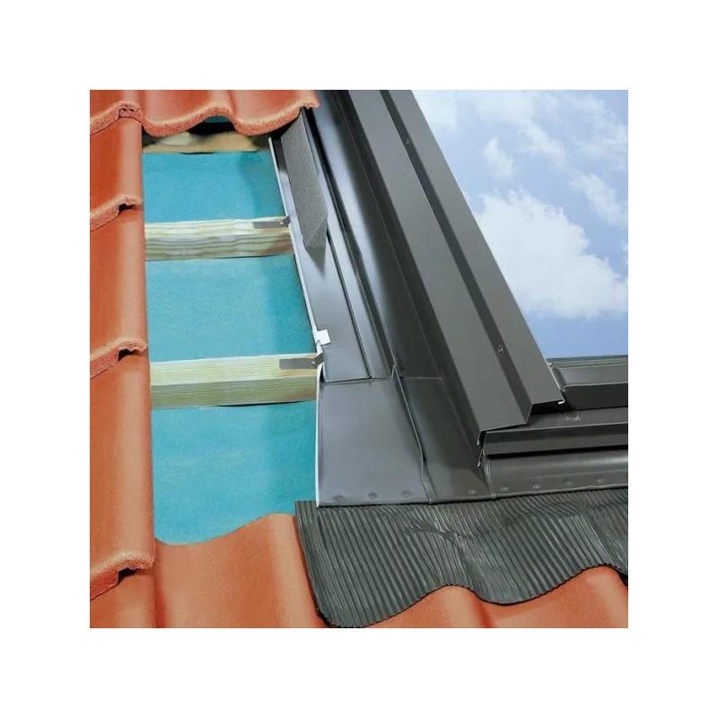 Оклад Fakro к распашным мансардным окнам EZW-P